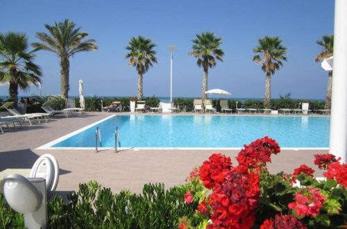 martur-resort-piscina